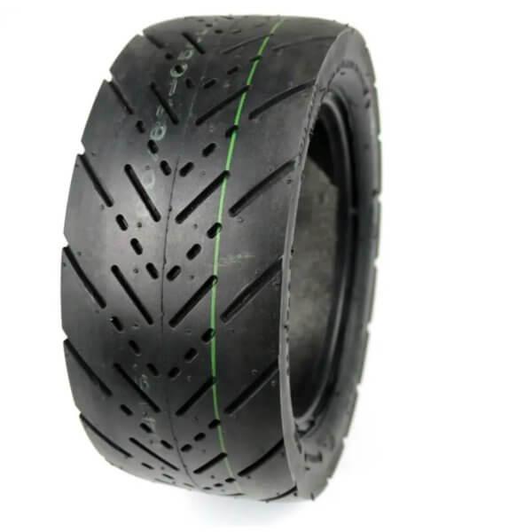 Cestná pneumatika